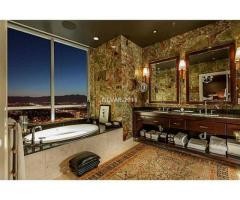 Sky Suite Condo Available For Rent!